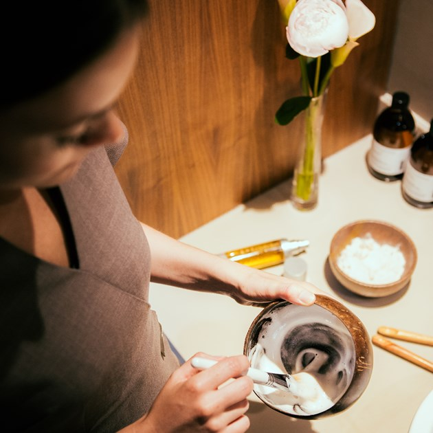 Our spa therapists in Bath work with luxurious holistic brands to rejuvenate your body & mind.