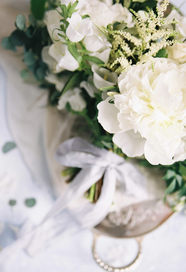 Our friendly wedding planning team will take care of every detail - right down to the table flowers.